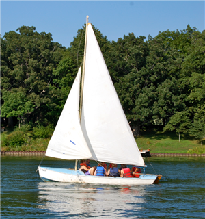 Sailing on Lake Bloomington